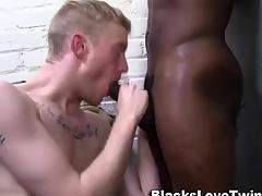 Swarthy cums on whitey