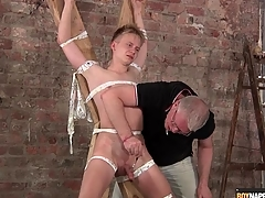 Old guy gives gambol boy a glum handjob